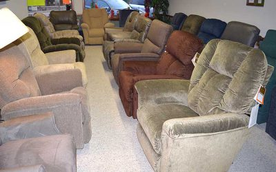 Large Selection of La-Z-Boy Chairs