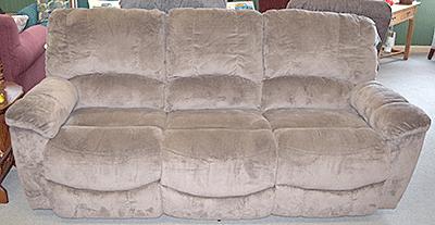 87″ Reclining Sofa