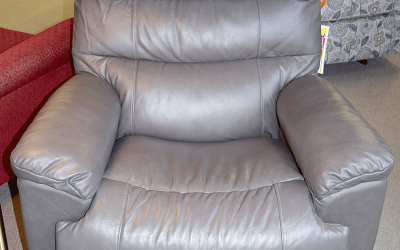 Recliners Make Great Christmas Gifts!